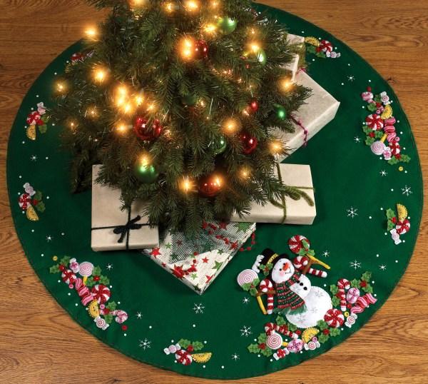 Bucilla Felt Christmas Tree Skirt Kits FTH International