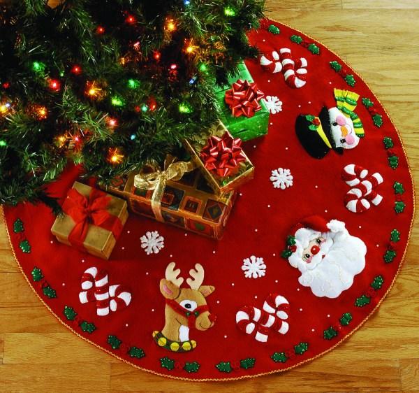 Santa Friends 43quot Bucilla Felt Christmas Tree Skirt Kit