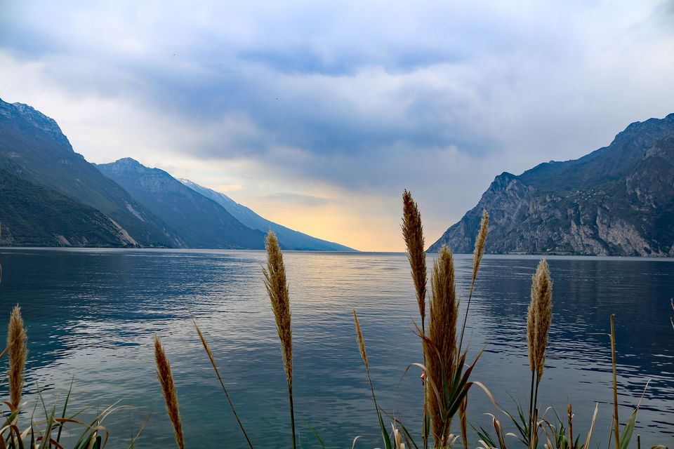 Italy Lake Region Including Maps and Travel Information