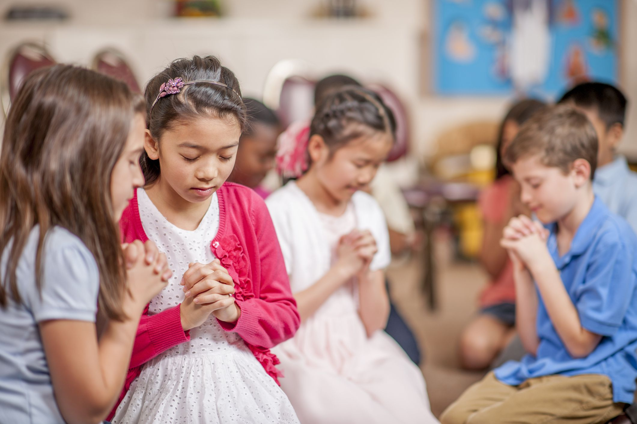 4 Fun Prayer Activities For Kids To Learn How To Pray