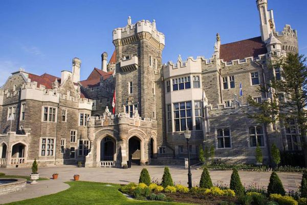 Casa Loma Historic Castle In Downtown Toronto