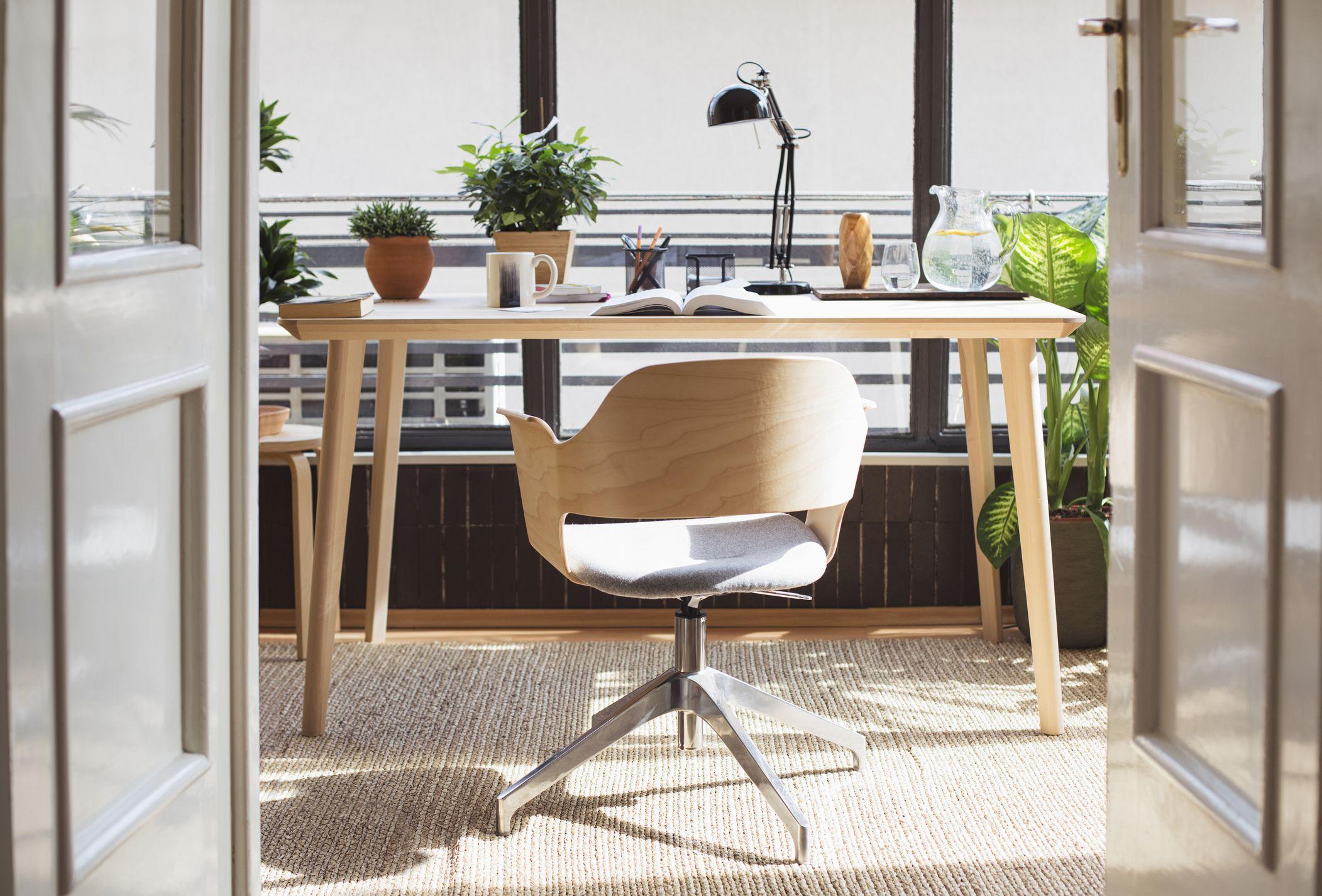 Office Decor Etiquette