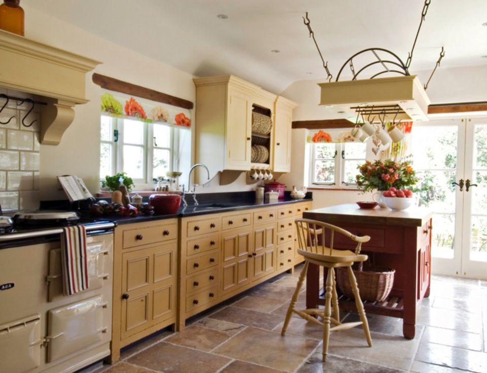When All Kitchens Stood Free