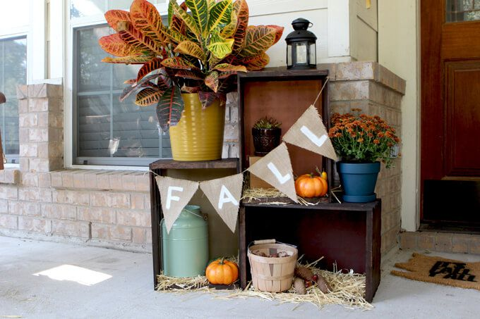 15 Cheap and Cute Fall Front Porch Decorating Ideas