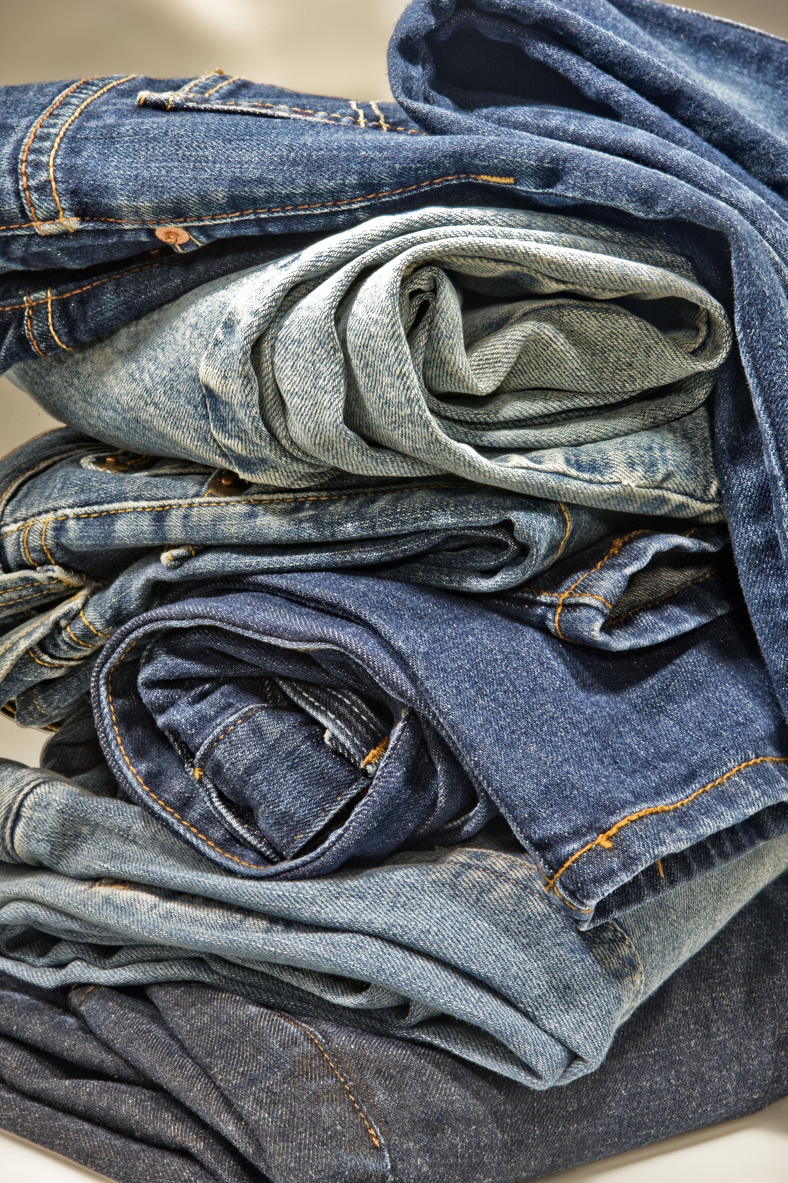 Free Sewing Patterns and Projects to Recycle Old Jeans