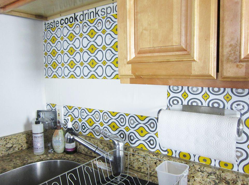 Wallpaper Falling Off Wall Peel And Stick Backsplash Tile Guide