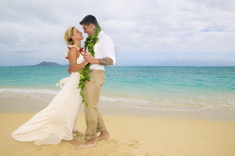 Wedding Attire Hawaii