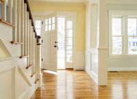Feng Shui Tips for A Staircase Facing Front Door