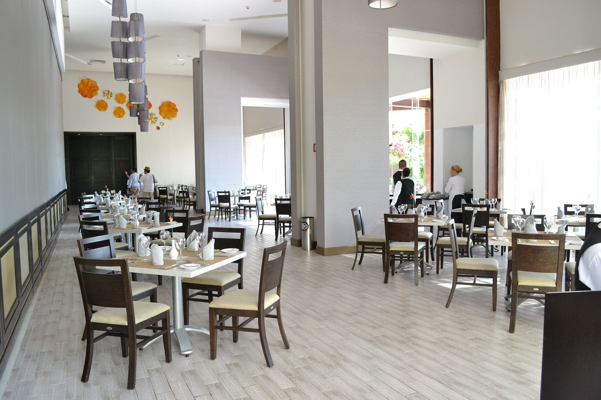 Eight Tips for Planning a Restaurant Dining Room