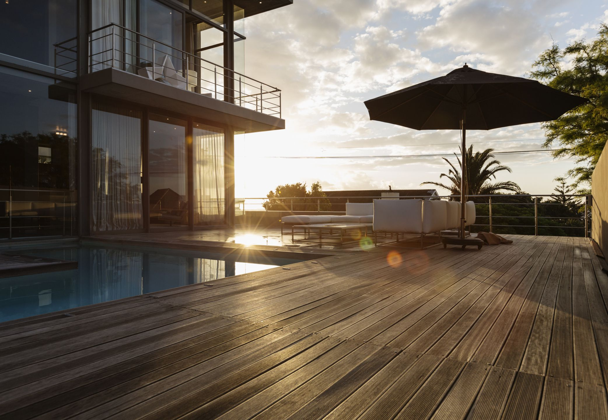 Compare Deck Materials Wood Wood Composite And Plastic