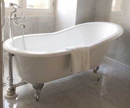 Acrylic Vs Cast Iron Clawfoot Bathtubs