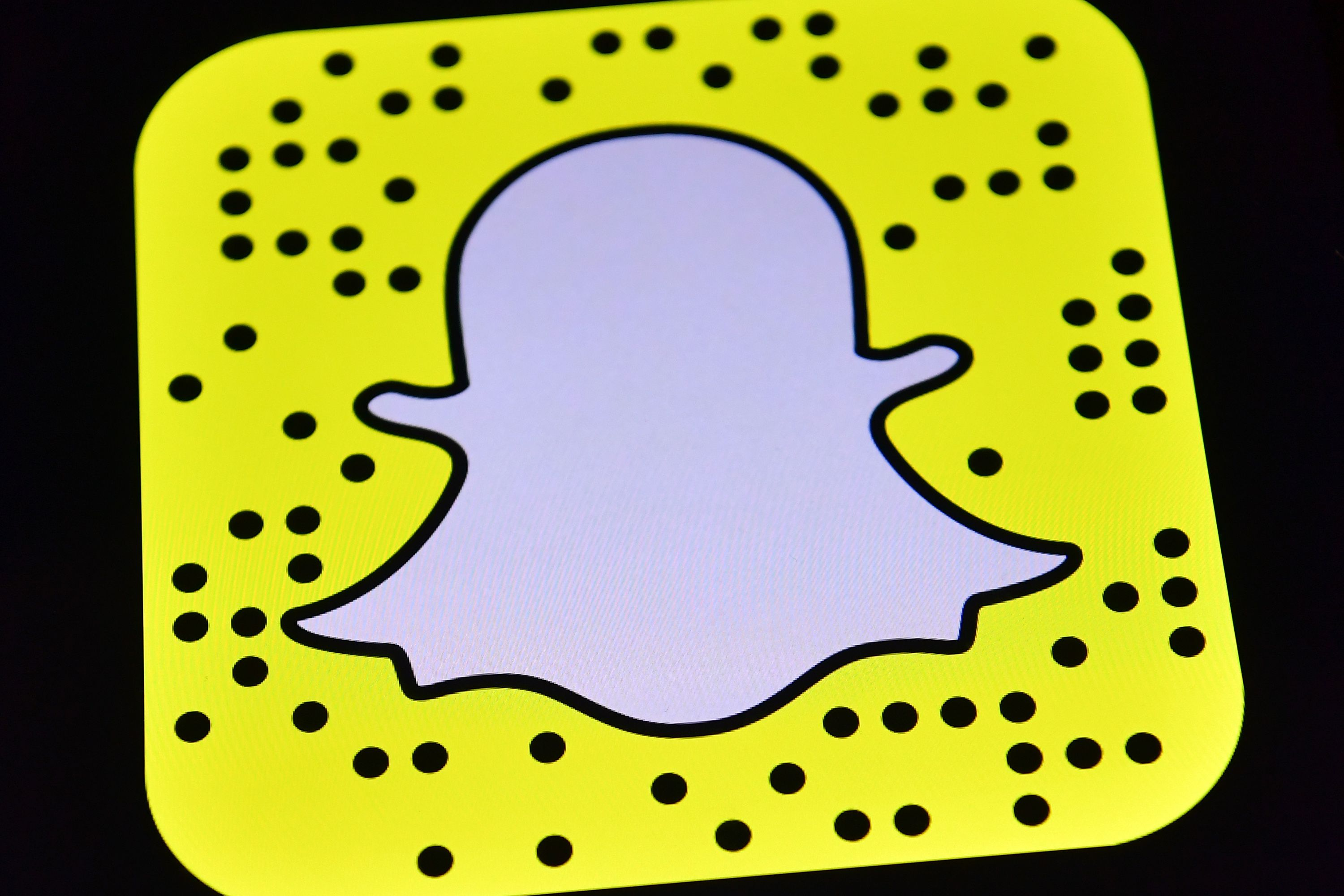 How To Delete Snapchat Conversations Snaps Amp Stories