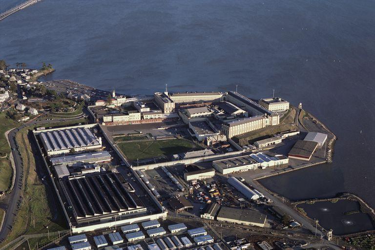 San Francisco Körfezi'ndeki San Quentin Eyaleti Hapishanesi