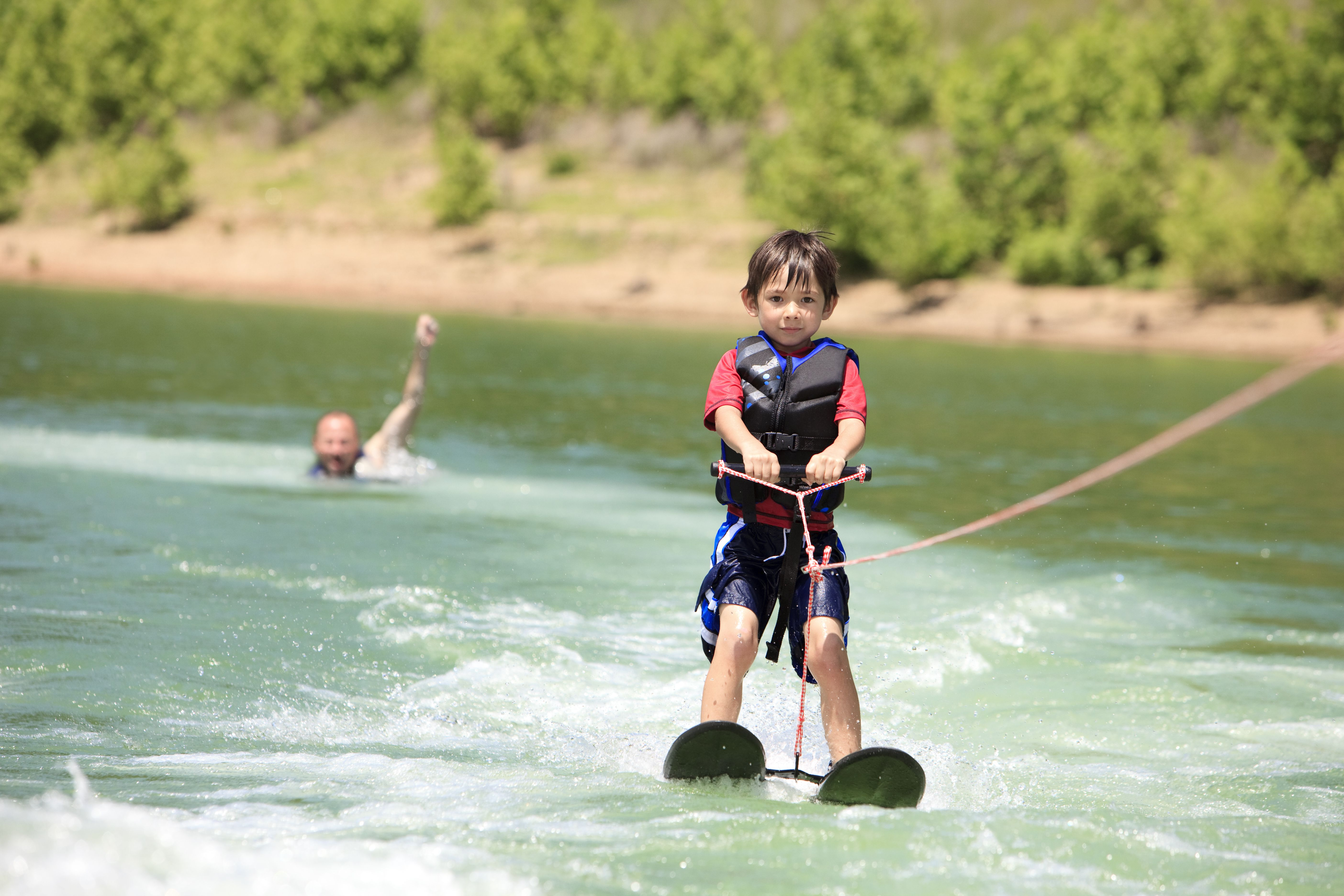 Tips For Teaching Kids To Waterski