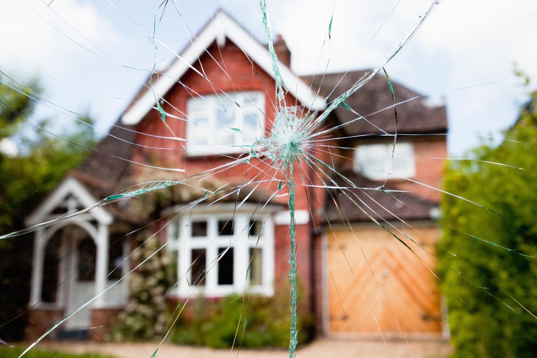 How to Repair SinglePane Window Glass