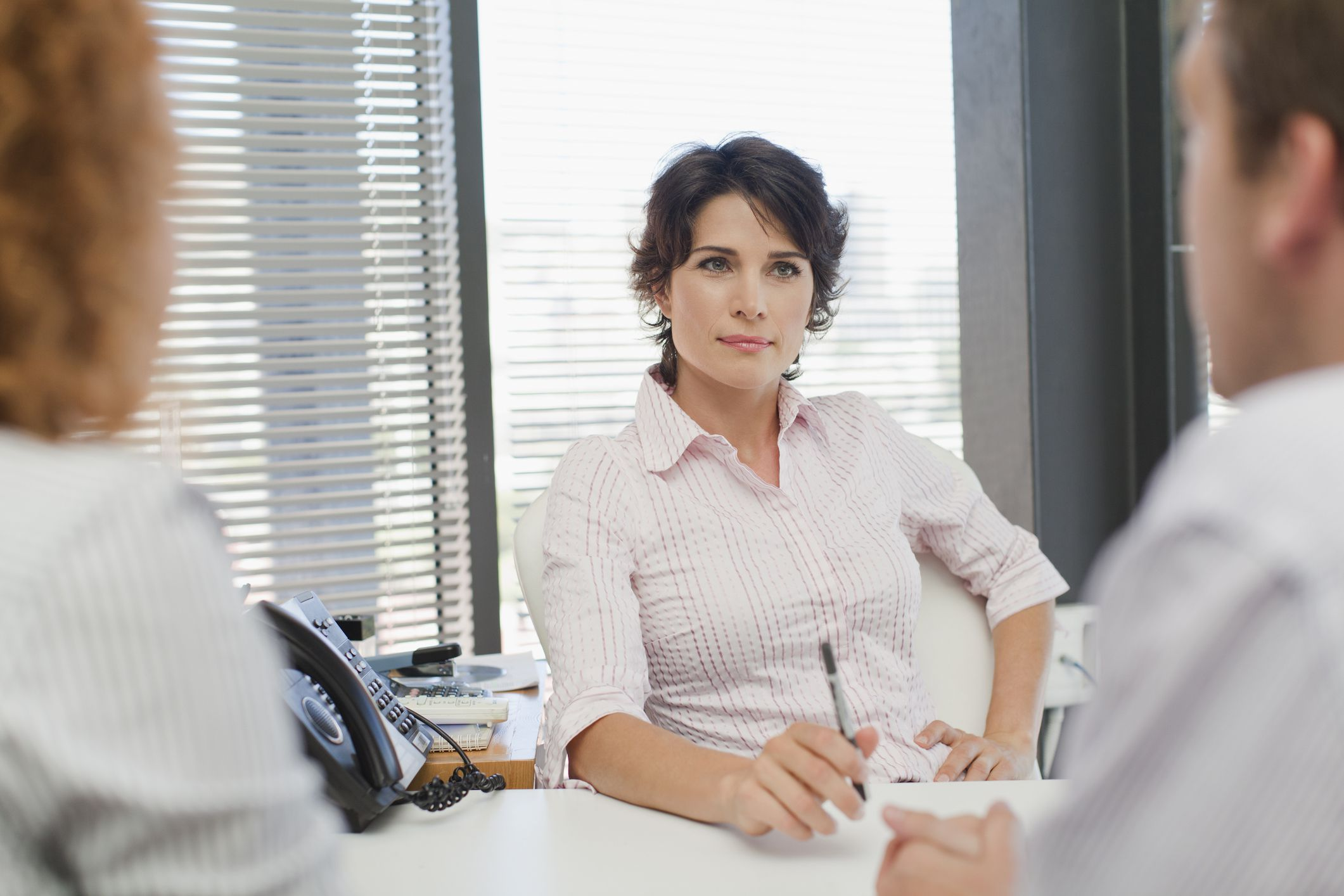 Body Language Hacks To Help Women Get Ahead At Work