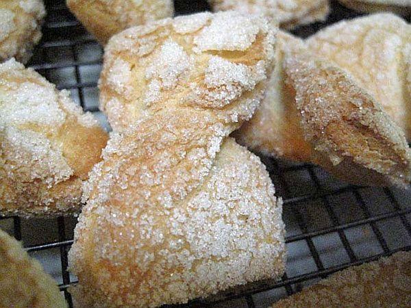 Jewish Bow Tie Cookies AKA Egg Kichel