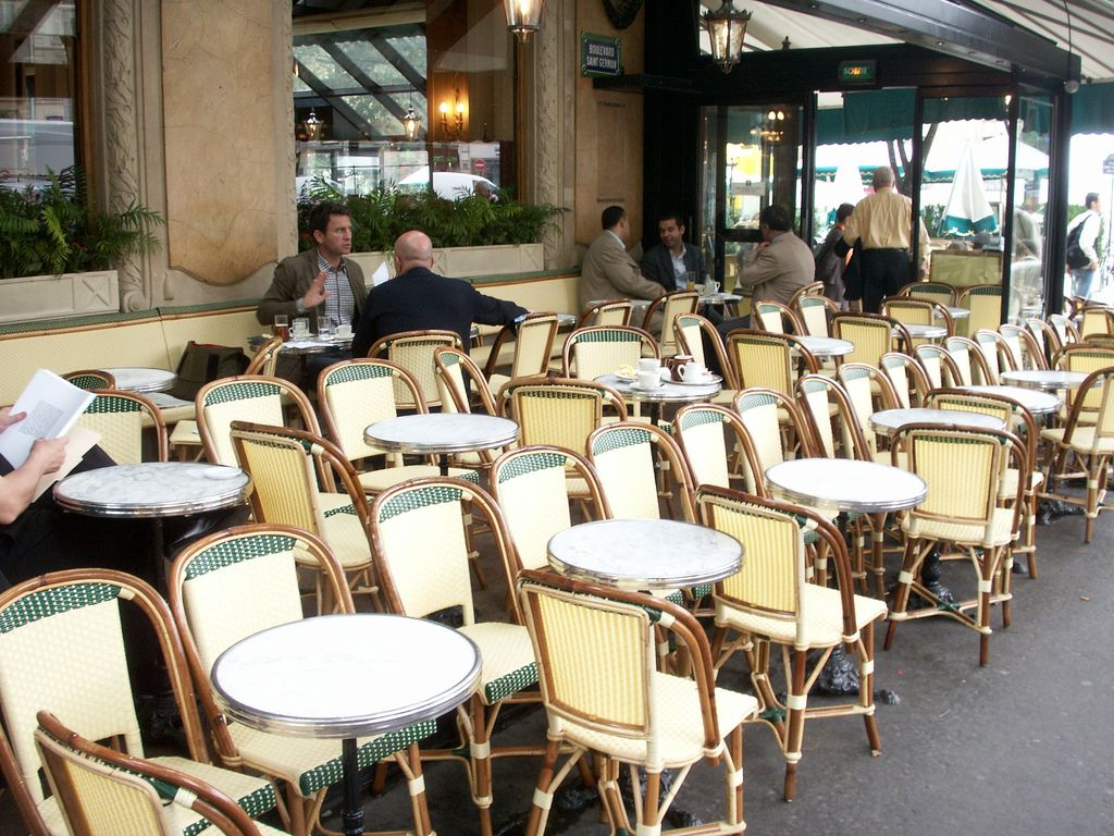 cafe rattan french bistro chairs how much does chair covers cost 5 fantastic terraces in paris