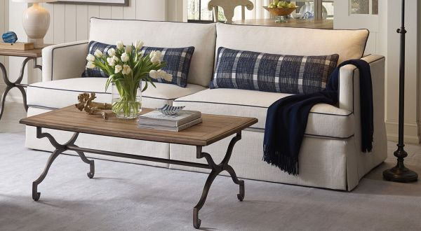 Thomasville Furniture Living Room Chairs