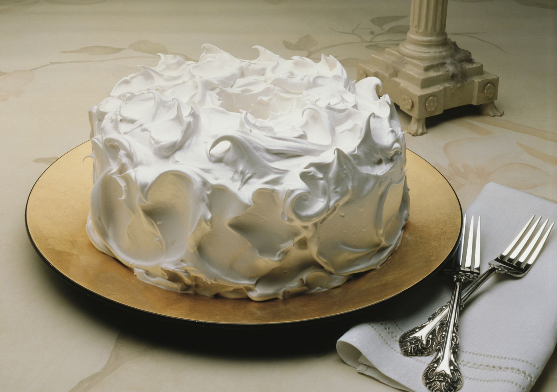 7Minute Fluffy White Frosting Recipe
