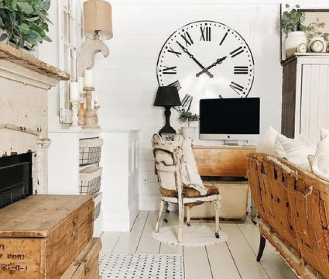 Beautiful Homes Outfitted With Shiplap