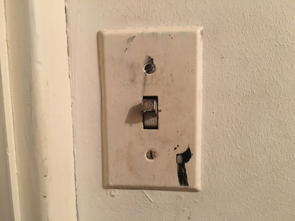 Feed Via The Light Switch Two Lights How To Wire A Light Switch