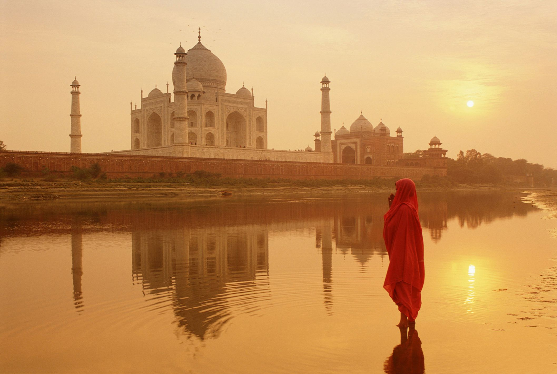 Taj Mahal Hd Wallpaper For Laptop The Taj Mahal In India What To Know Before You Go