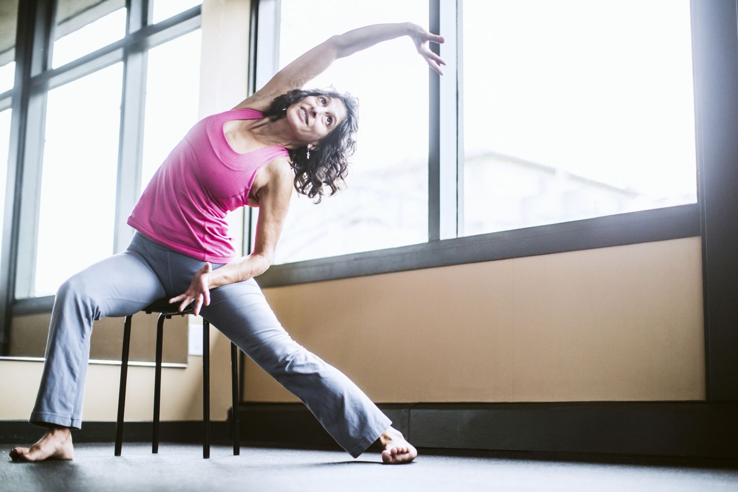 sitting down chair exercises desk gray how to do yoga when you have arthritis