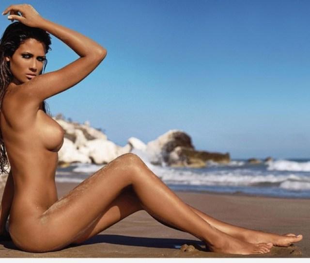 Beach Hot Sexy Babe Nude Francesca Lodo