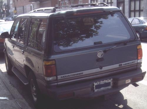 small resolution of  97 mercury mountaineer v8 rear