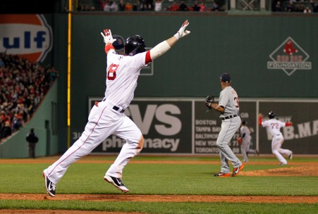 Shane Victorino hits grand slam to pull Red Sox ahead in ALCS Game 6 | For  The Win