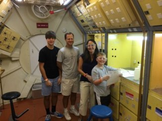 Family Space Camp via @FieldTripswSue