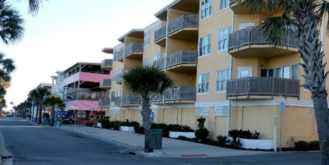 Tybee Island, Ga. doesn't have chain hotels, but lots of other options for lodging