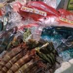 【沖縄】食材の宝庫【第一牧志公設市場】で新鮮素材を食べ歩き