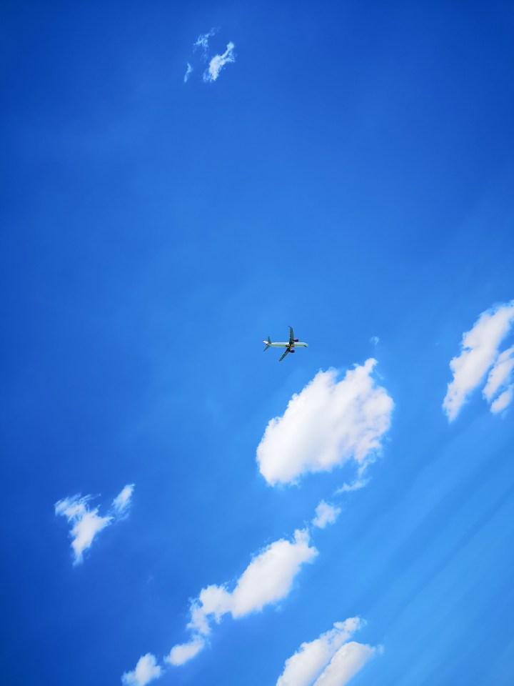 die Flugzeuge sind ganz nah - Copyright: fuchsliebende