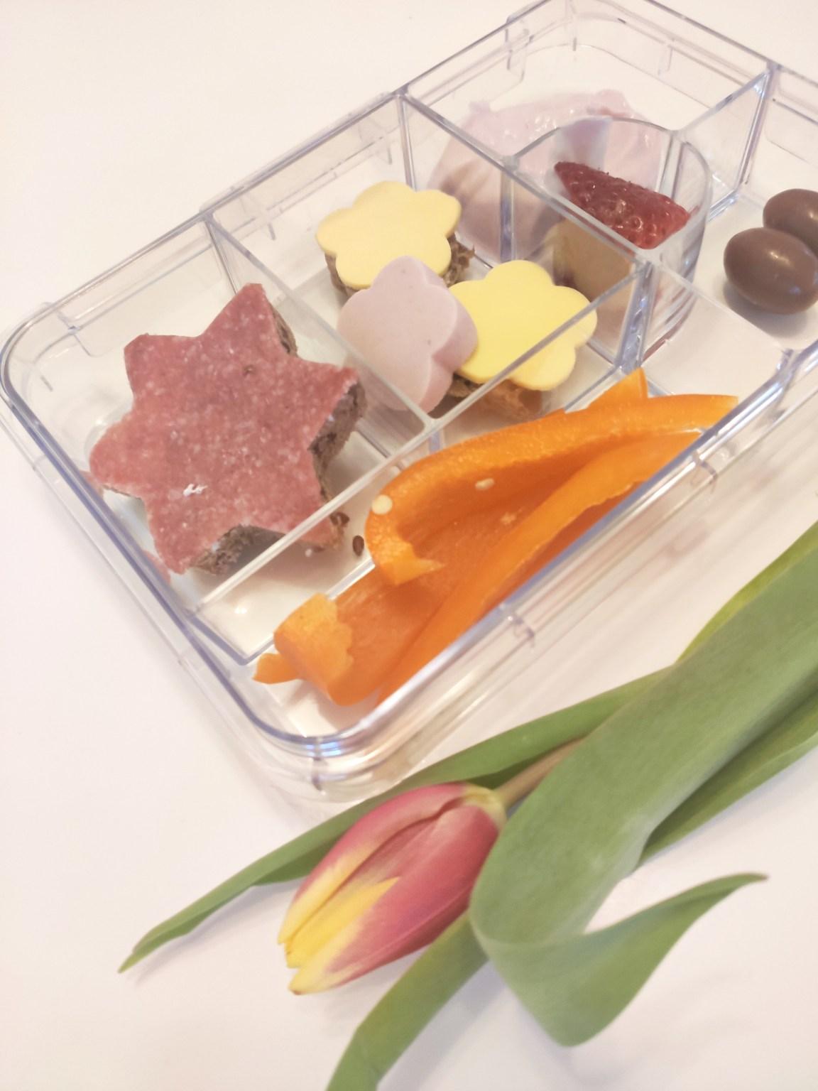 Inspiration Lunchbox mit Paprika und Brot