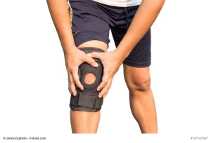 knee sprain and strain treatment