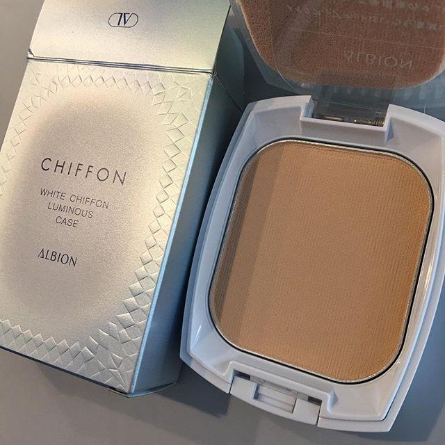 #albion white chiffon luminous foundation 5940 Yen