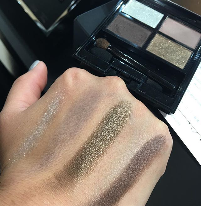 #addiction Isetan eyeshadow palette 7440 yen