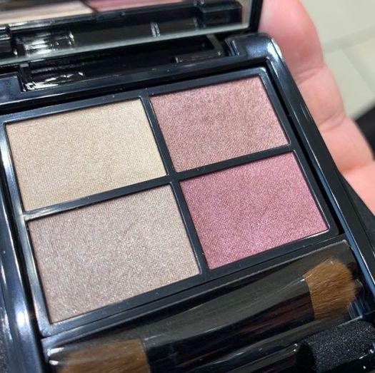 #Etvos eyeshadow palette Mauve brown 4800 yen