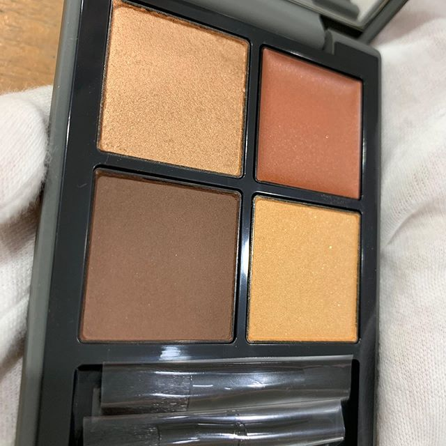 #THREE eyeshadow