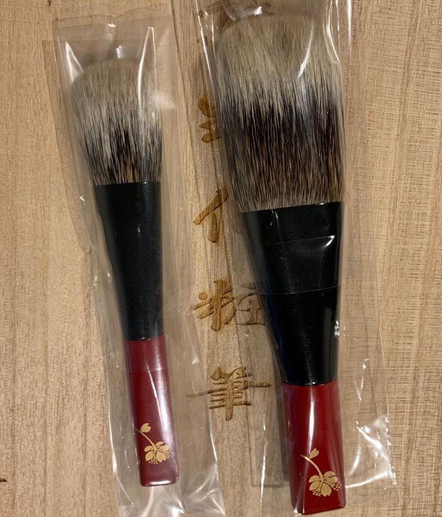#Koyudo #Kihitsu White Canadian squirrel Face L 45000 yen red handle Cheek 21000 yen red handle