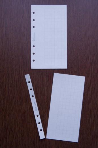 切り取り一筆箋をミシン目で切ると端紙が残ります