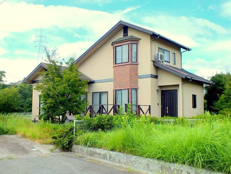 明野町/永住・定住向け/販売価格:1,650万円/築浅戸建て