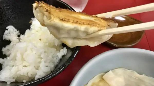 みんみん宿郷店の焼き餃子