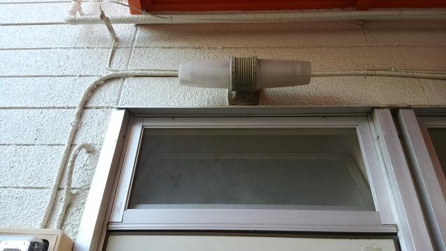 隙間 風 対策 窓