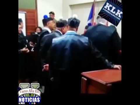 VIDEO: Dicen rostro de una joven se refleja en abogado del juicio Emely Peguero