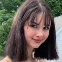 Asesina a su novia influencer y publica en redes fotos junto al cadáver