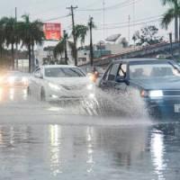 Seguirán los aguaceros sobre el país por vaguada