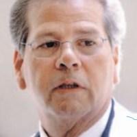 Ramón Báez Figueroa sufre infarto; es intervenido